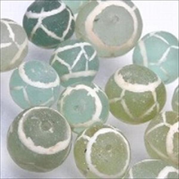 アフガンアンティークマウンテングラスビーズ。アフガニスタンの山中(土中)から発掘された古いガラスにエッチング加工したものです。ビーチグラス、ならぬ、マウンテングラスというわけです。