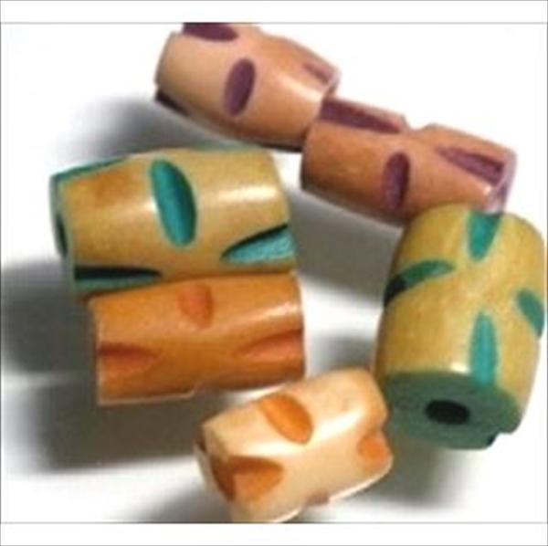 ジャワの水牛の骨で作られたチューブ型(バレル型)のボーンビーズです。