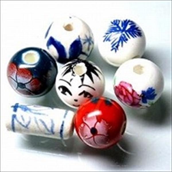 中国の丸形の陶器ビーズです。
